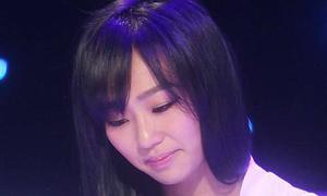 Hyo Rin SISTAR xin lỗi fan vì thái độ lạnh te