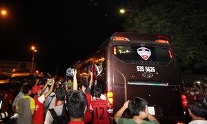 Arsenal lặng lẽ rời Việt Nam ngay trong đêm