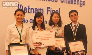 Ét-vê RMIT đại diện Việt Nam đến Nam Phi
