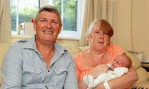 Sinh con sau 15 tiếng khi biết mình có thai