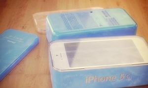 iPhone nhiều màu sắc có tên 5C