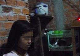Nữ sinh lớp 8 bị 'ông nội' và anh họ xâm hại đến có thai