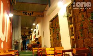 Nép mình ở Bụi, thưởng thức cafe 5K