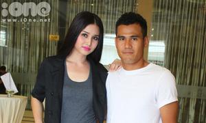 Tuyển thủ Phan Thanh Bình đích thân đưa vợ đi casting Next Top