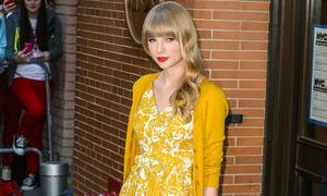 4 công thức mix váy hè - cardigan chuẩn của Taylor Swift