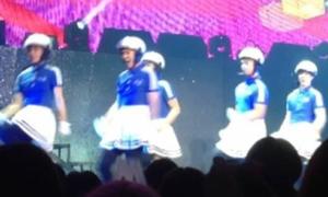 MBLAQ mặc váy nhảy 'Bar Bar Bar' tưng bừng