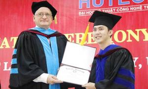 Nhận bằng cử nhân quốc tế tại Việt Nam
