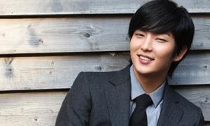 Lee Jun Ki thoát án kiện