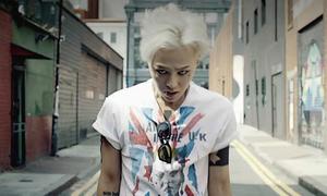 G-Dragon vừa nổi loạn vừa rơi lệ trong MV 'Crooked'