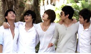 Những bản solo của TVXQ khiến fan mê mẩn