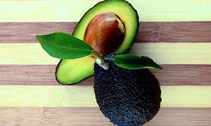 Thực phẩm thiên nhiên khắc phục khó chịu kỳ 'đèn đỏ'