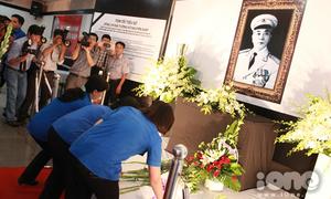 Giới trẻ Sài thành rưng rưng tưởng niệm Đại tướng