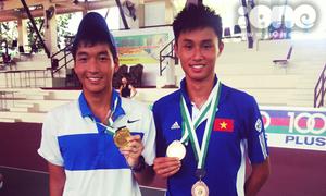 Hot boy quần vợt cao 1m80 của trường Việt Đức