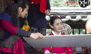 Khoảnh khắc đáng yêu của Kim Bum, Moon Geun Young