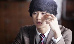 Kim Soo Hyun đoạt giải Dae Jong