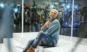 G-Dragon quậy cùng 1.000 fan trong MV mới