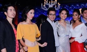 Trương Thị May nhí nhảnh dự tiệc cùng Top 7 Next Top
