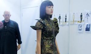Chà Mi được khen khi casting tại Singapore