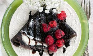 Lạ miệng bánh crepe chocolate thơm lừng