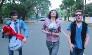 MV nhái 'Anh không đòi quà' của hot boy đồng tính