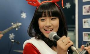 Chibi Hoàng Yến tung MV Noel lung linh tặng fan