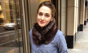 Quấn khăn lông ấm áp ngày lạnh
