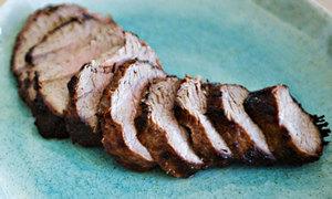 Thịt bò nướng thơm ngon ngày lễ