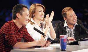 Mỹ Tâm nghẹn giọng khi 'tung hoa' thí sinh Idol