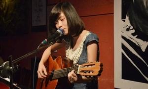 Nữ sinh Đà Nẵng tiếp tục gây 'bão' với bản cover mới