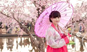 Teen girl lớp 8 hóa thiếu nữ Hàn xinh như búp bê