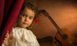 Bé gái 5 tuổi hóa thiếu nữ thế kỷ 18