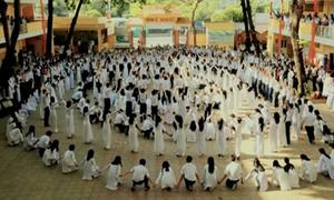 Teen Nguyễn Thượng Hiền nhảy flashmob chia tay thời học trò