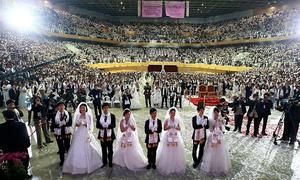 Hơn 1.200 cặp đôi cưới tập thể ở Hàn Quốc