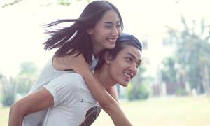 Cặp đôi Next Top đốn tim fan bằng clip tình yêu ngọt ngào