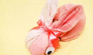 Quấn khăn thành thỏ con dễ thương