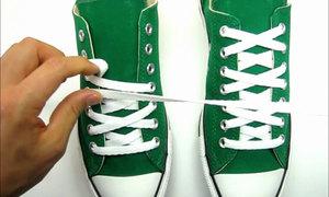 Tips: Xỏ dây giày chữ X to nhỏ thành chuỗi