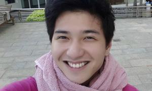 Facebook sao 8/3: Hot boy Huỳnh Anh cười giống hệt Lee Min Ho