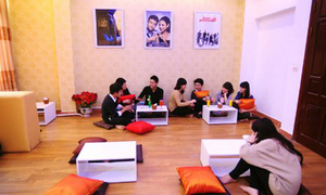 Teen Hà Thành thích thú với café phim HD