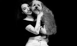 Trương Nhi bế cún cưng tuyên truyền bảo vệ động vật