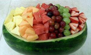 Cách bày hoa quả siêu đơn giản, tiện lợi