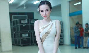 Angela Phương Trinh bị cắt suất diễn vì phục trang