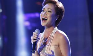 Uyên Linh tái xuất sân khấu Idol với đẳng cấp khác
