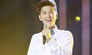 Huy Tuấn chê khéo Huỳnh Anh vì giọng yếu