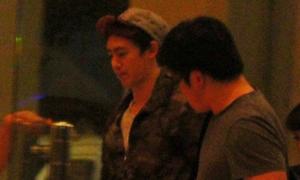 Nichkhun 2PM tới Việt Nam trước cả nhóm