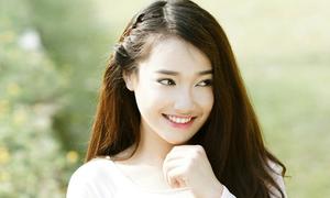 Nhã Phương được báo Hàn khen xinh đẹp, diễn tốt