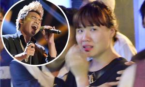 Bạn gái Đông Hùng Idol khóc nức nở khi người yêu bị loại