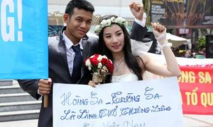 Đôi uyên ương ngưng chụp ảnh cưới để phản đối Trung Quốc