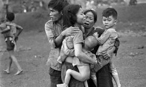 Những bức ảnh thời chiến tranh ám ảnh triệu người