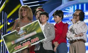 Minh Thuận chia đều 50 triệu cho 6 thí sinh
