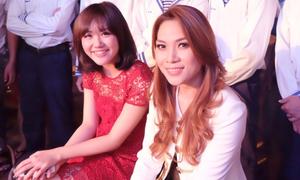 Văn Mai Hương hội ngộ Mỹ Tâm, hát tặng chiến sĩ hải quân